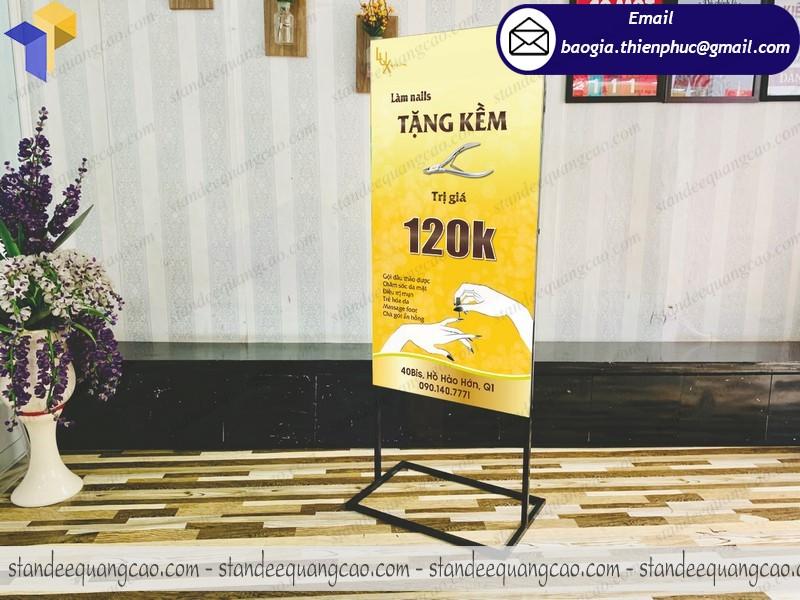 standee 2 mặt khai trương quảng cáo sản phẩm rẻ