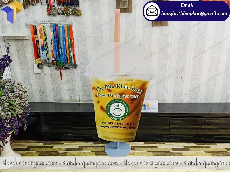 báo giá standee quảng cáo hình ly cafe