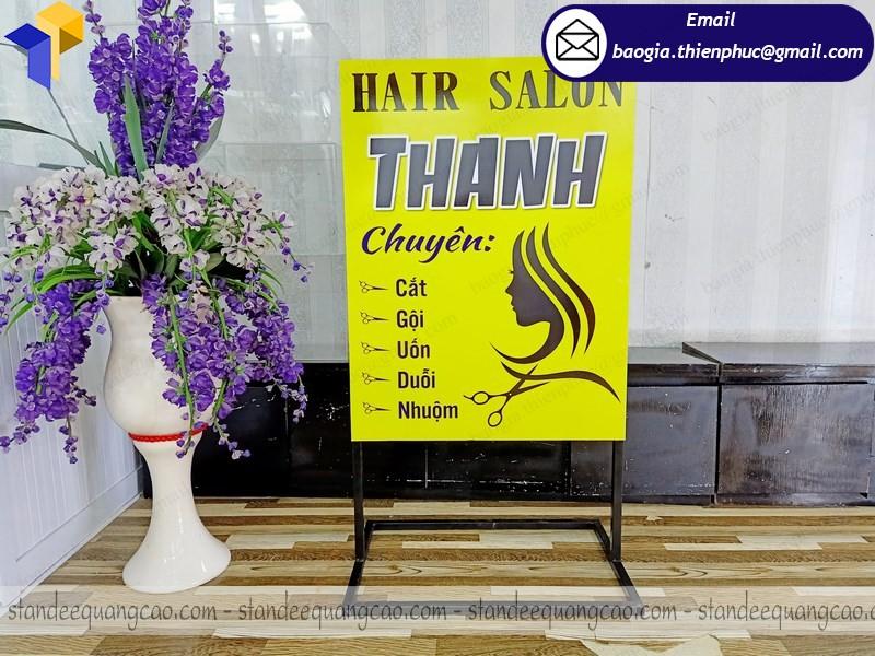 standee giới thiệu sản phẩm quảng cáo hcm
