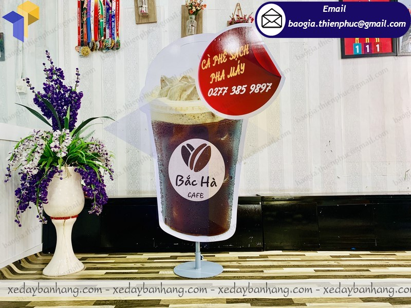 standee mô hình ly cà phê